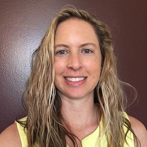 Dr. Lindsay Scharfstein